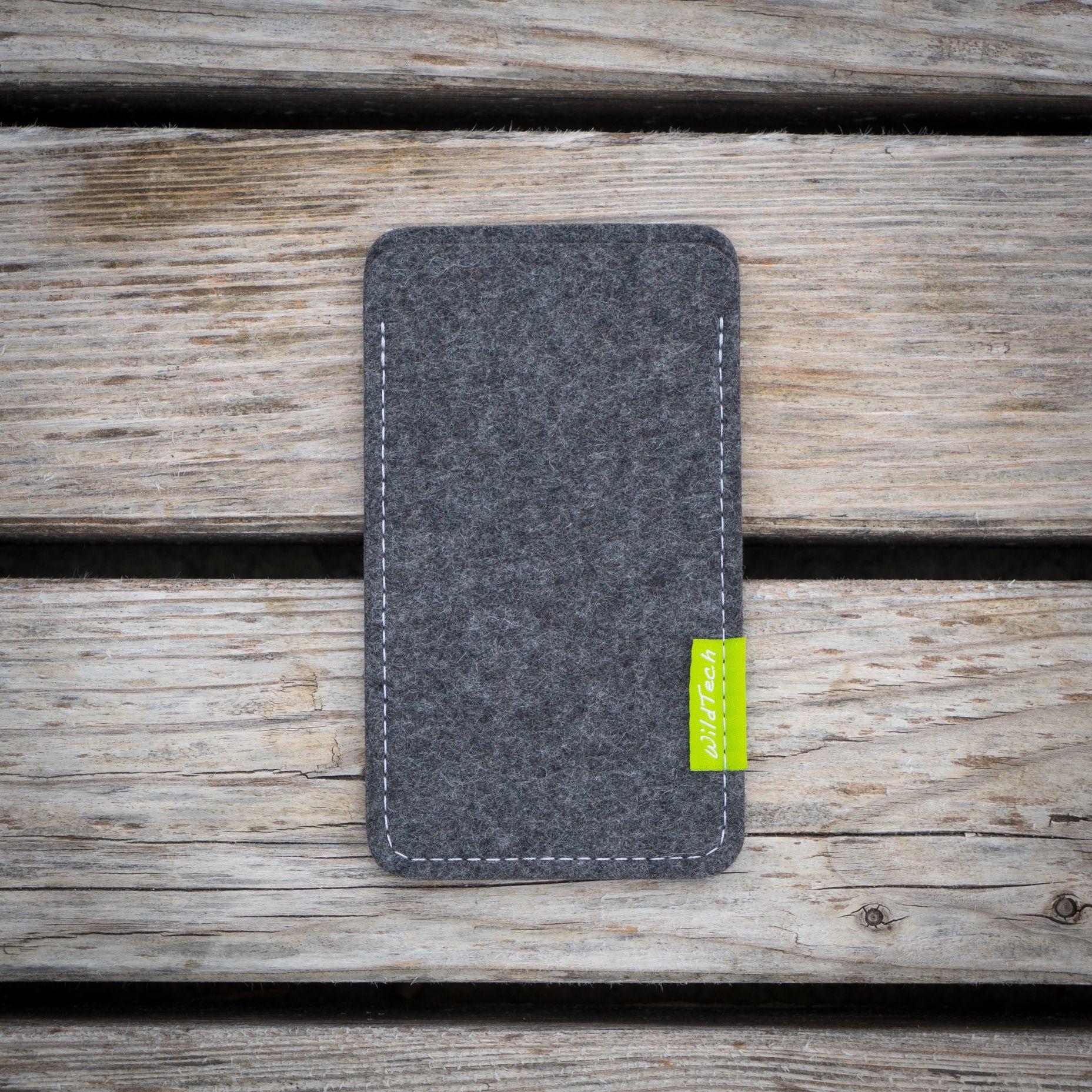 Pixel Sleeve Grey-3