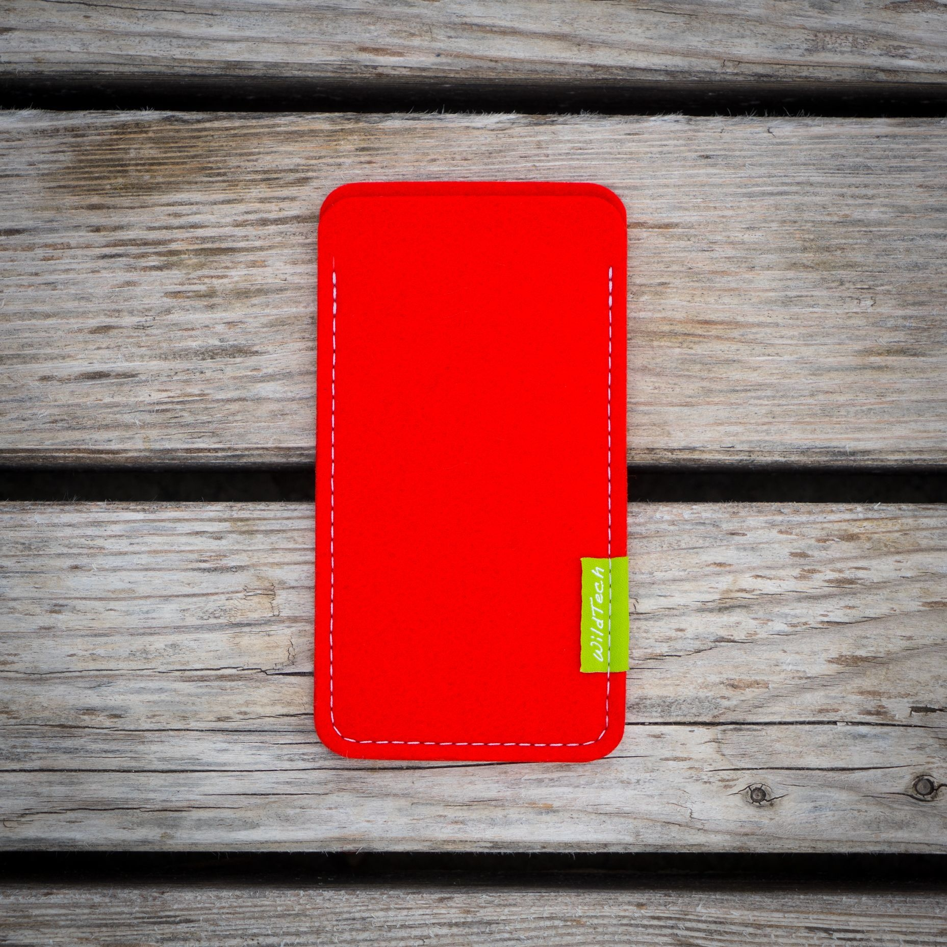 Pixel Sleeve Bright-Red-3