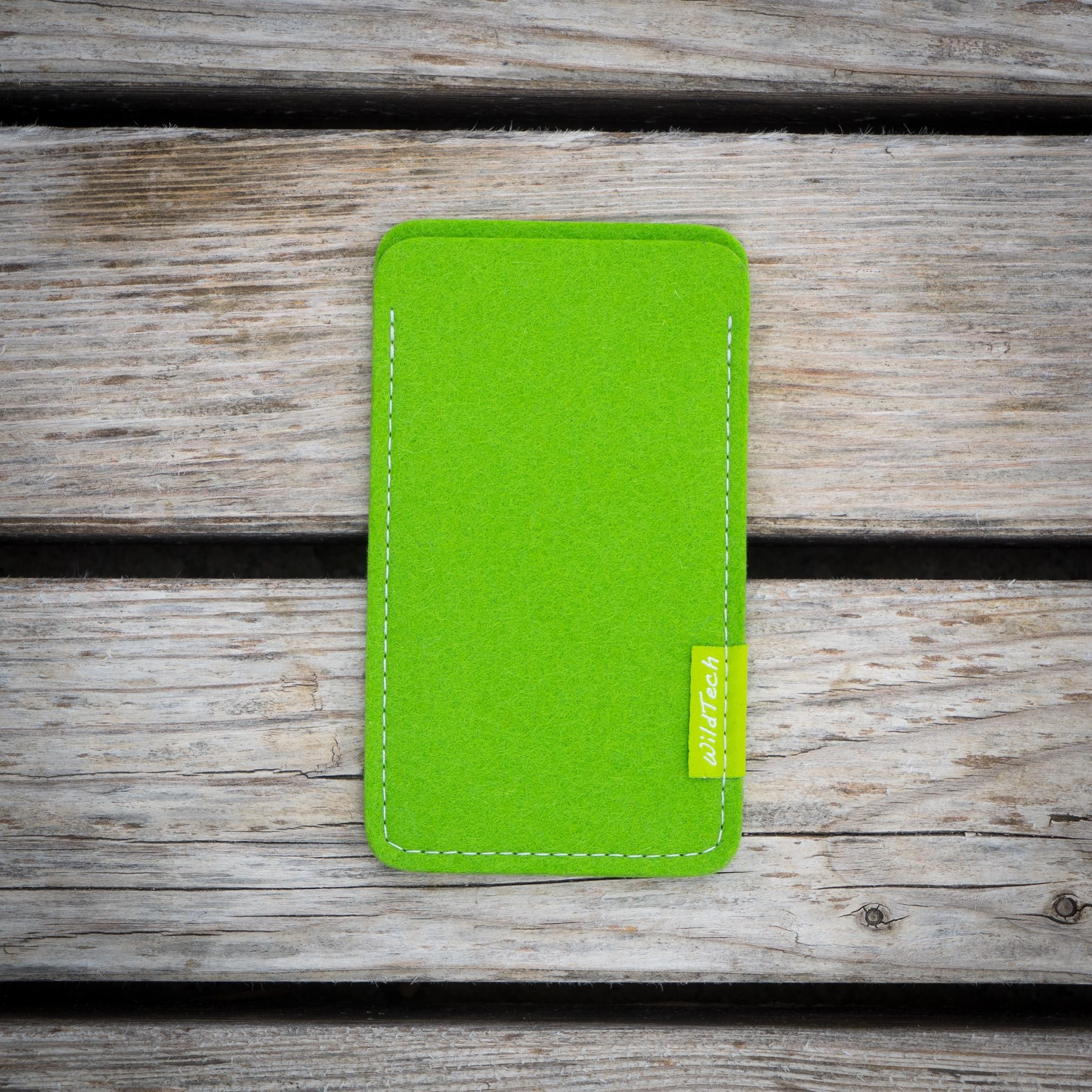 Pixel Sleeve Bright-Green-3