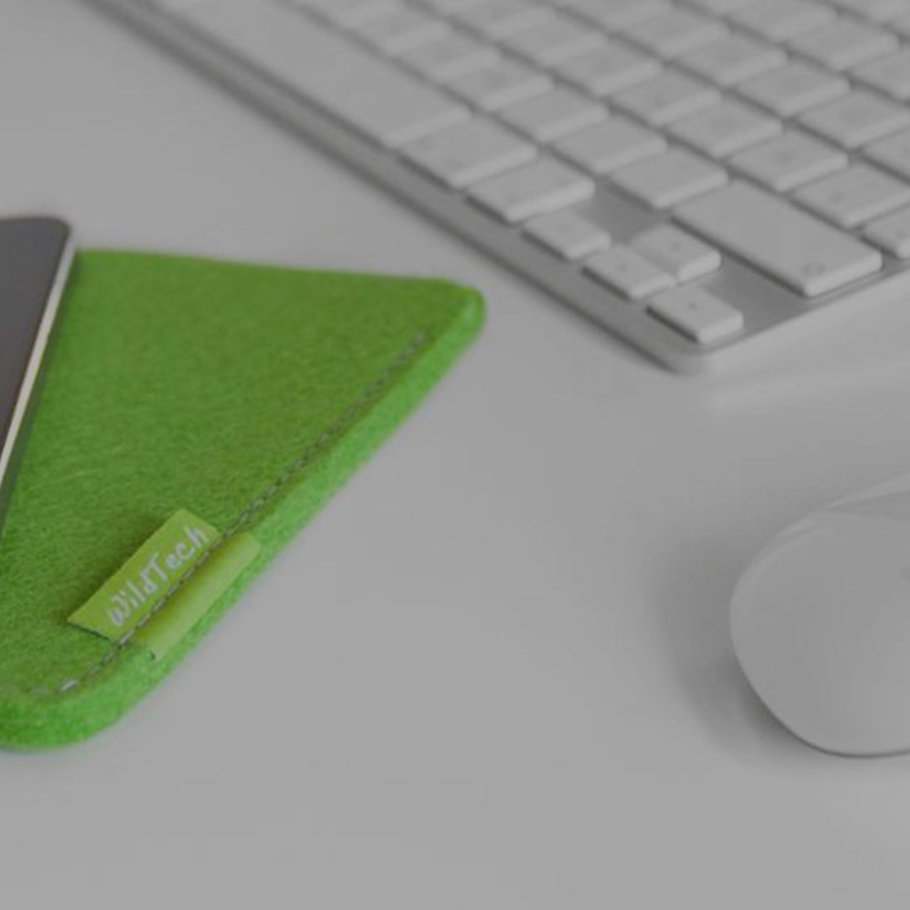 Producer of accessoires made of wool felt for technology devices.