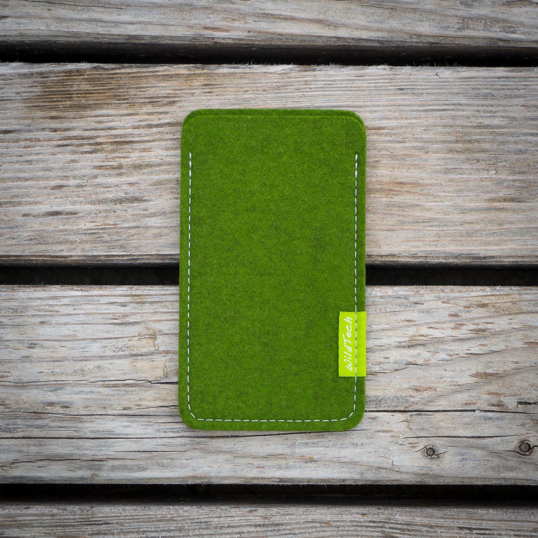 Xperia Sleeve Farn-Green-2