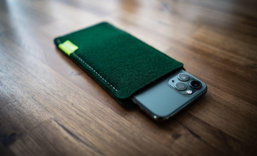 Apple iPhone 11 Pro & 11 Pro Max Nachtgrün (Midnight Green) Schutz-Hülle aus Filz