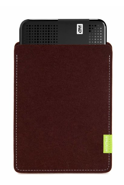 Passport/Elements Sleeve Dunkelbraun