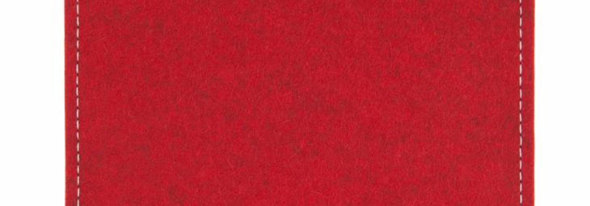 Passport/Elements Sleeve Cherry