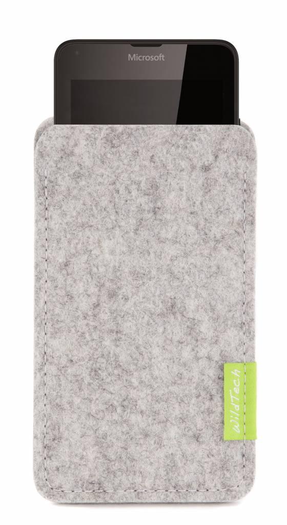 Lumia Sleeve Hellgrau-1