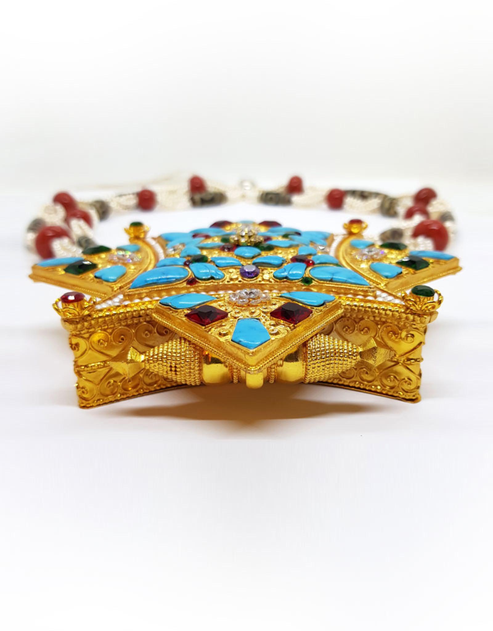 Tibetischer Schmuck Gau mit Dzis, Korallen und Perlen
