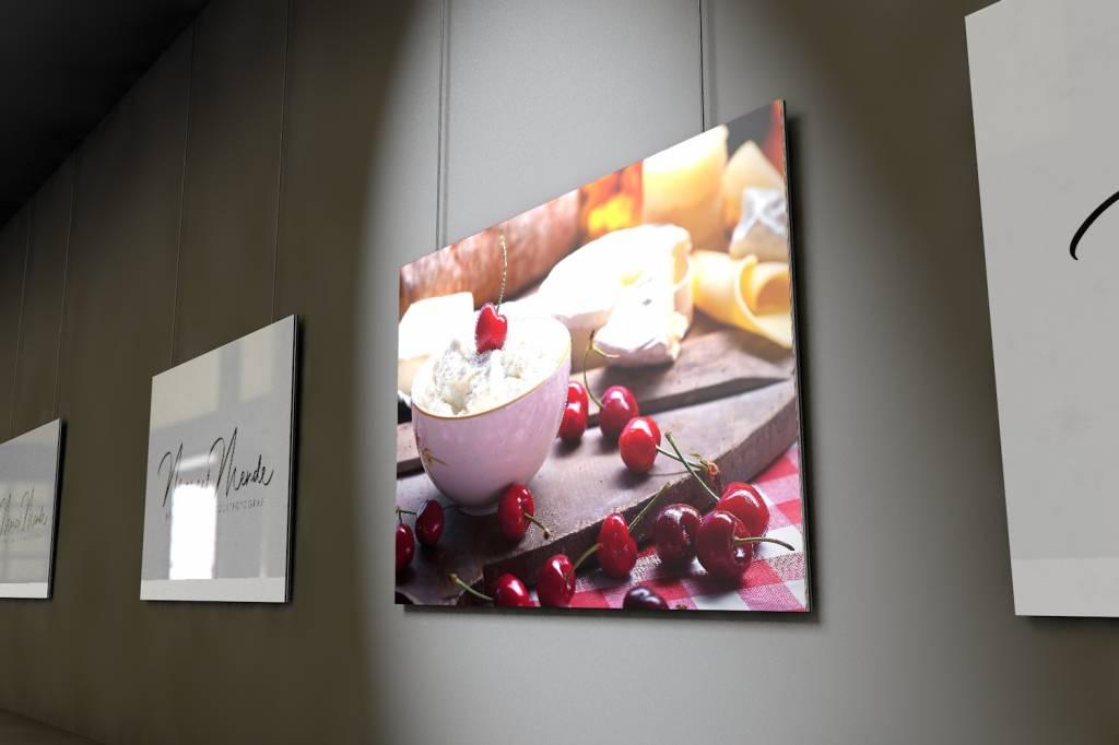 Werbe-/Produktfotograf Marcel Mende Szenerie um Kirschen auf Quark