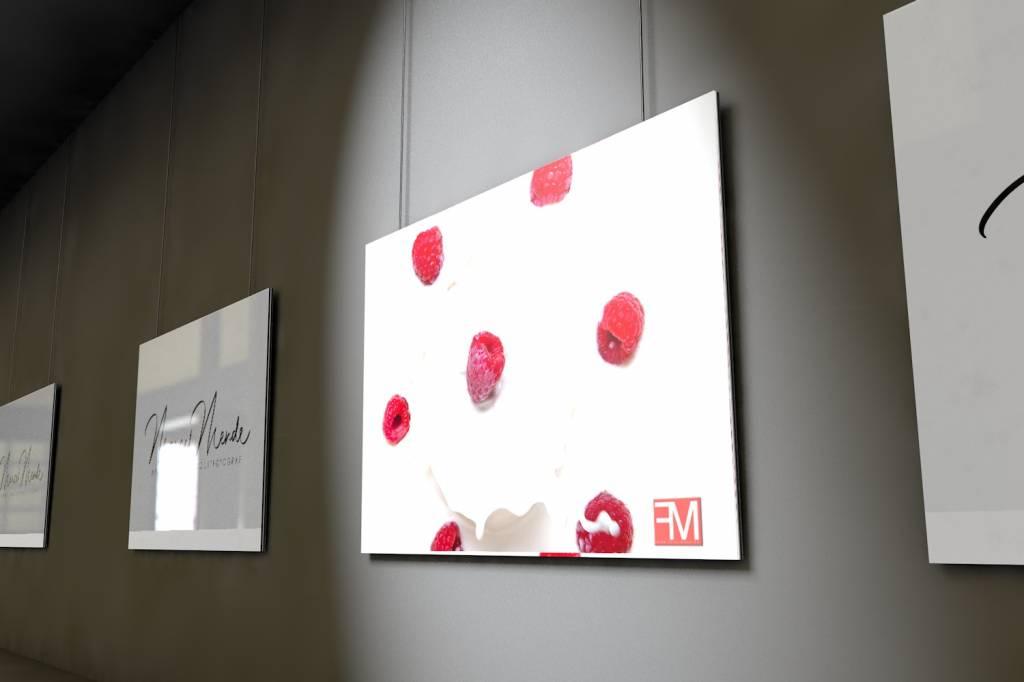 Werbe-/Produktfotograf Marcel Mende Himbeeren auf Milch