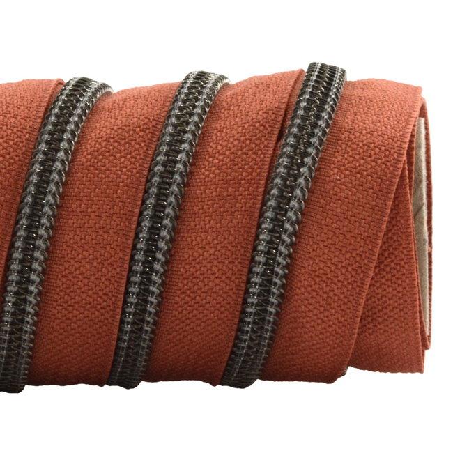 K-Bas Zipper tape Coil Terracotta - Black nickel