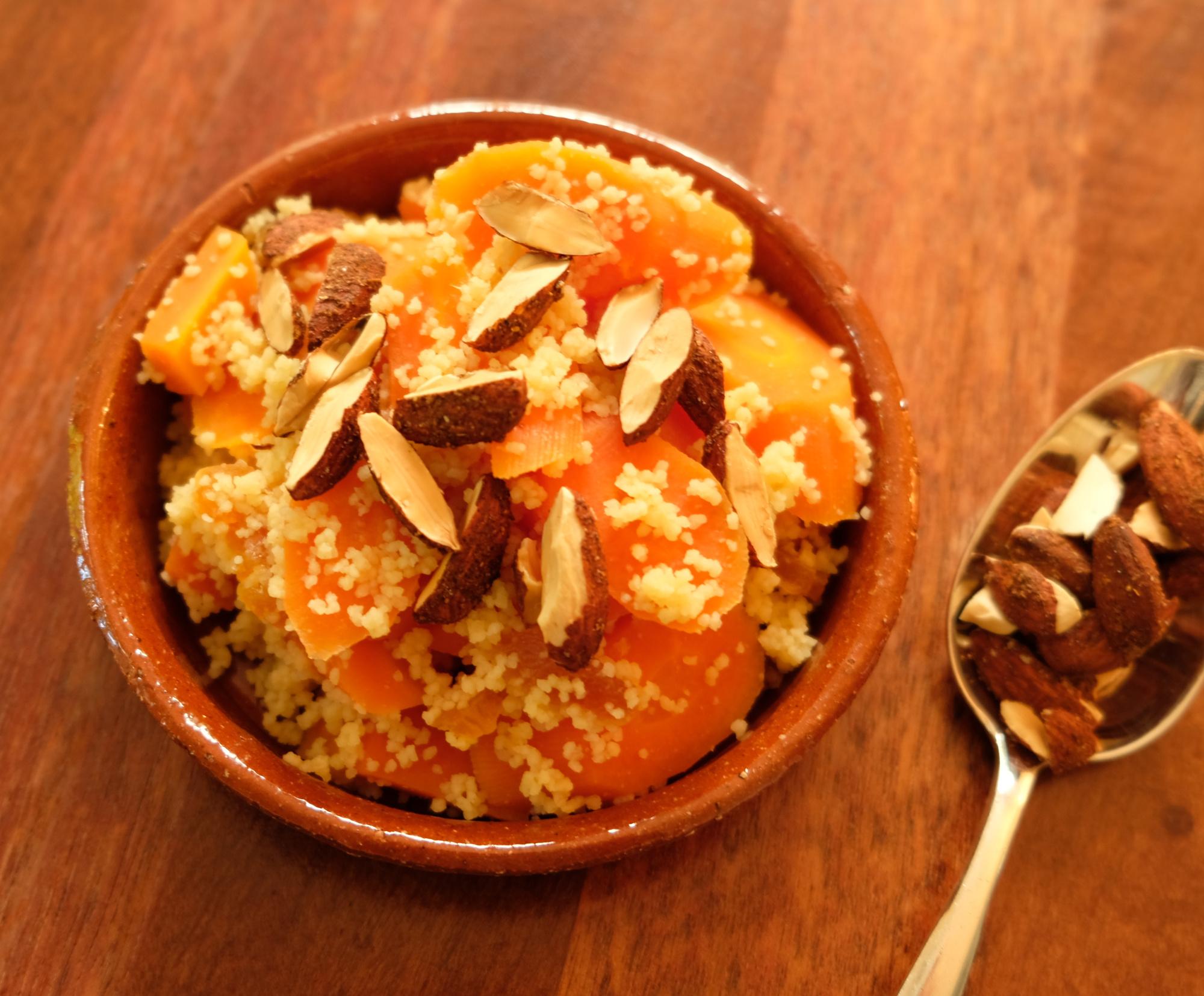 Couscous-Möhren mit Mandeln