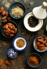 NuZz Oriental Almonds
