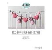 Scheepjes Box, Bed & Buggy Speeltjes Haken - Joke Postma