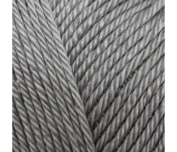Yarn and Colors Yarn and Colors Must-have 96 Shark Grey