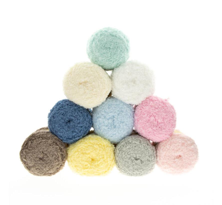 Budget Yarn Soft Aran 001 White