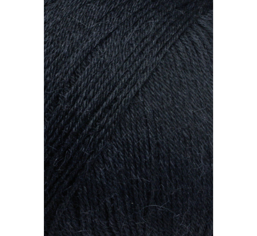 Alpaca Soxx 4 ply 004 Kleur: Zwart