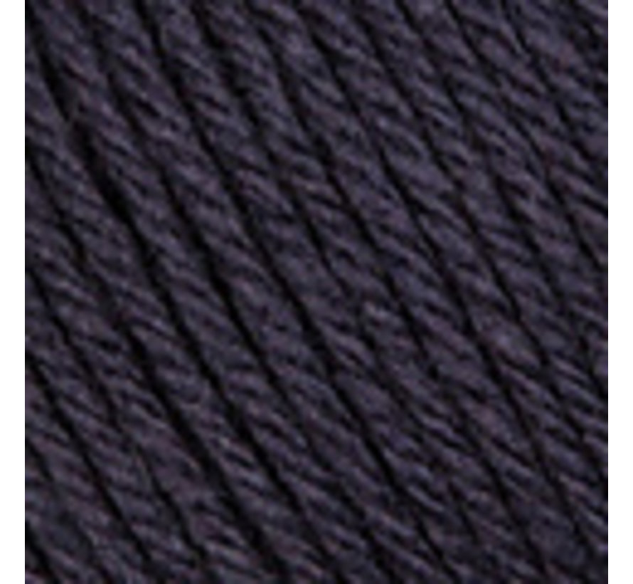 Basic Merino nr.5 Kleur:  Zeer donker blauw