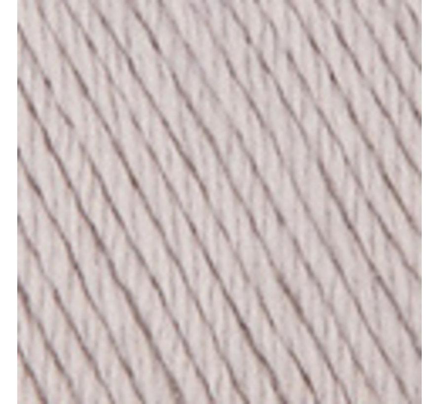 Basic Merino nr.38 Kleur: Zeer licht grijs
