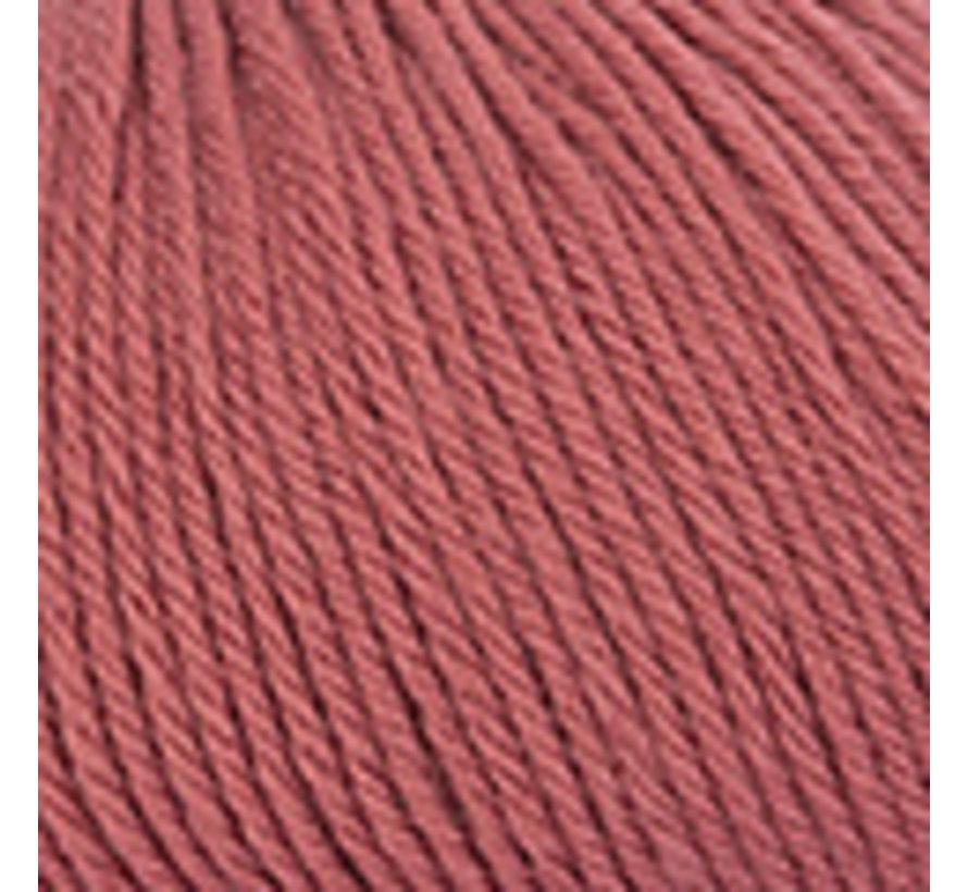 Basic Merino nr.75 Kleur: Framboosrood