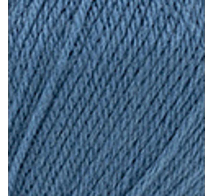 Basic Merino nr.81 Kleur: Groenblauw