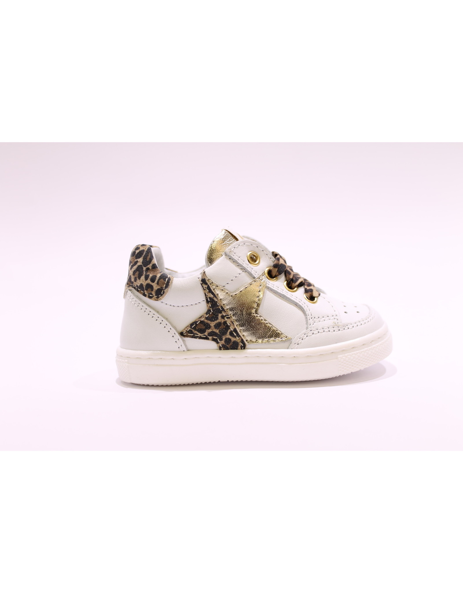 Walkey sneaker wit/leopard ster