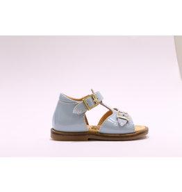 Ocra sandaal lichtblauw lak