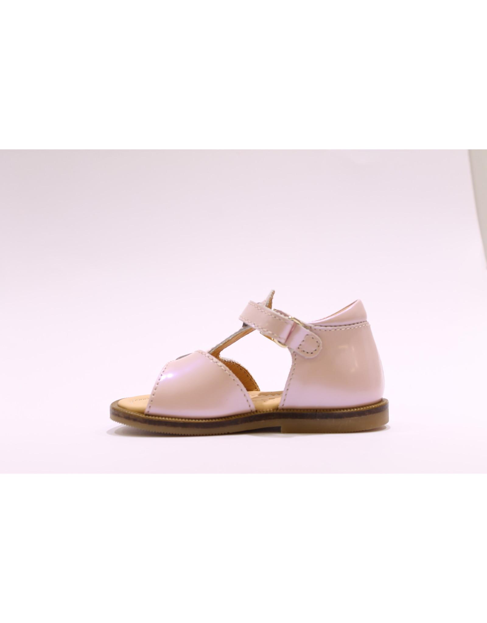 Ocra sandaal roze parelmour lak