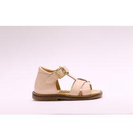 Ocra sandaal kruis roze lak