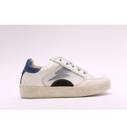Ocra sneaker wit/blauw bliksem