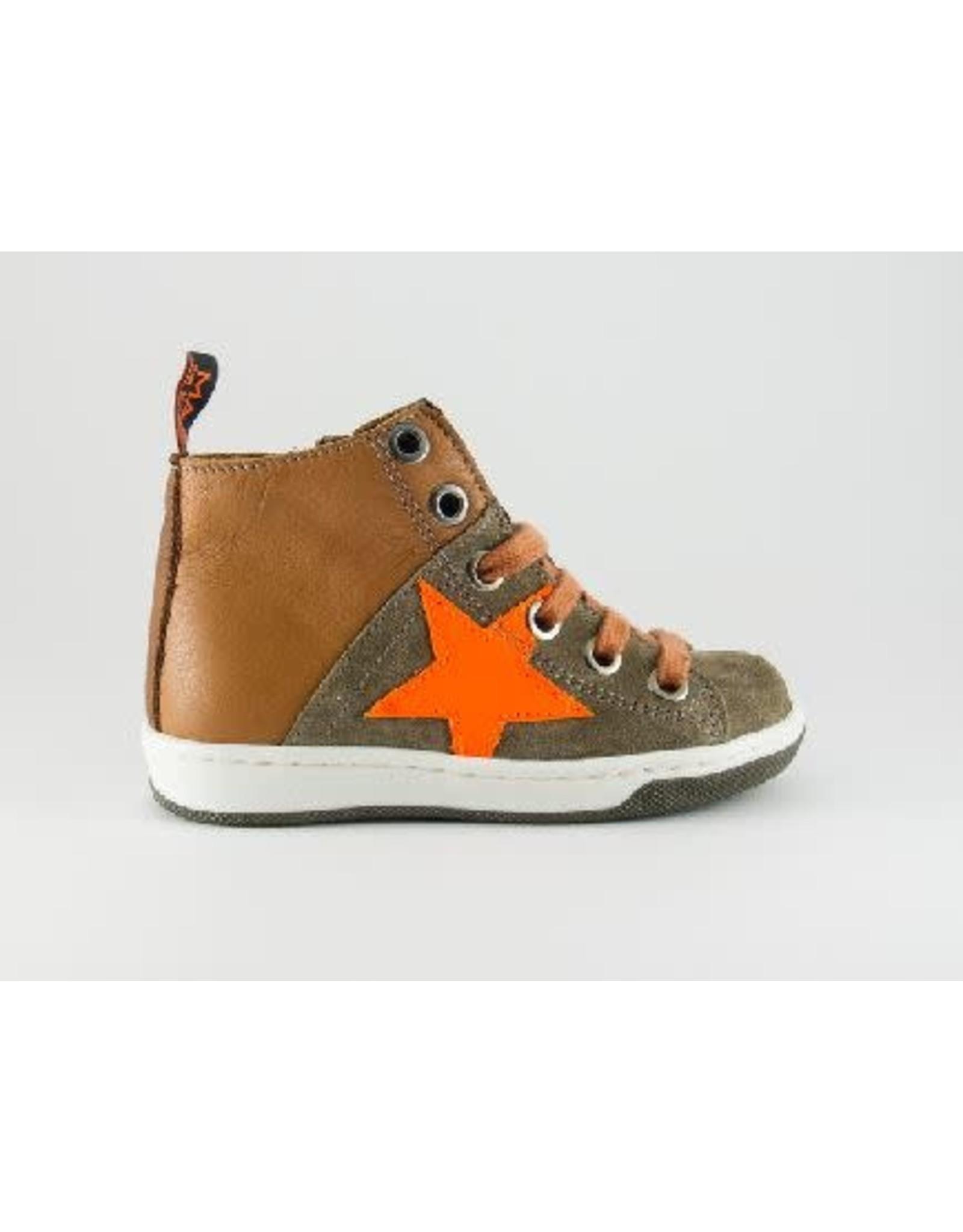 MAÁ sneaker cognac orange star