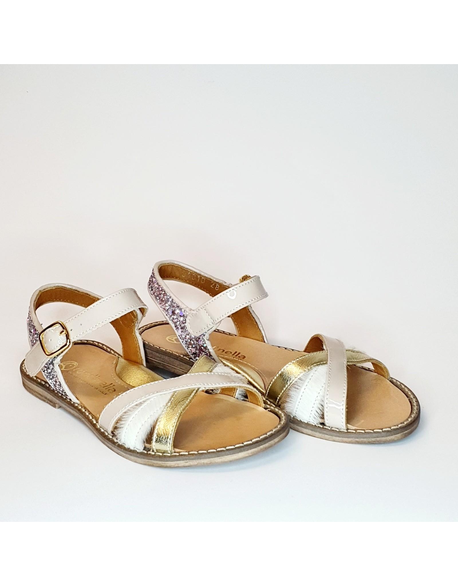 Rondinella sandaal nude lak
