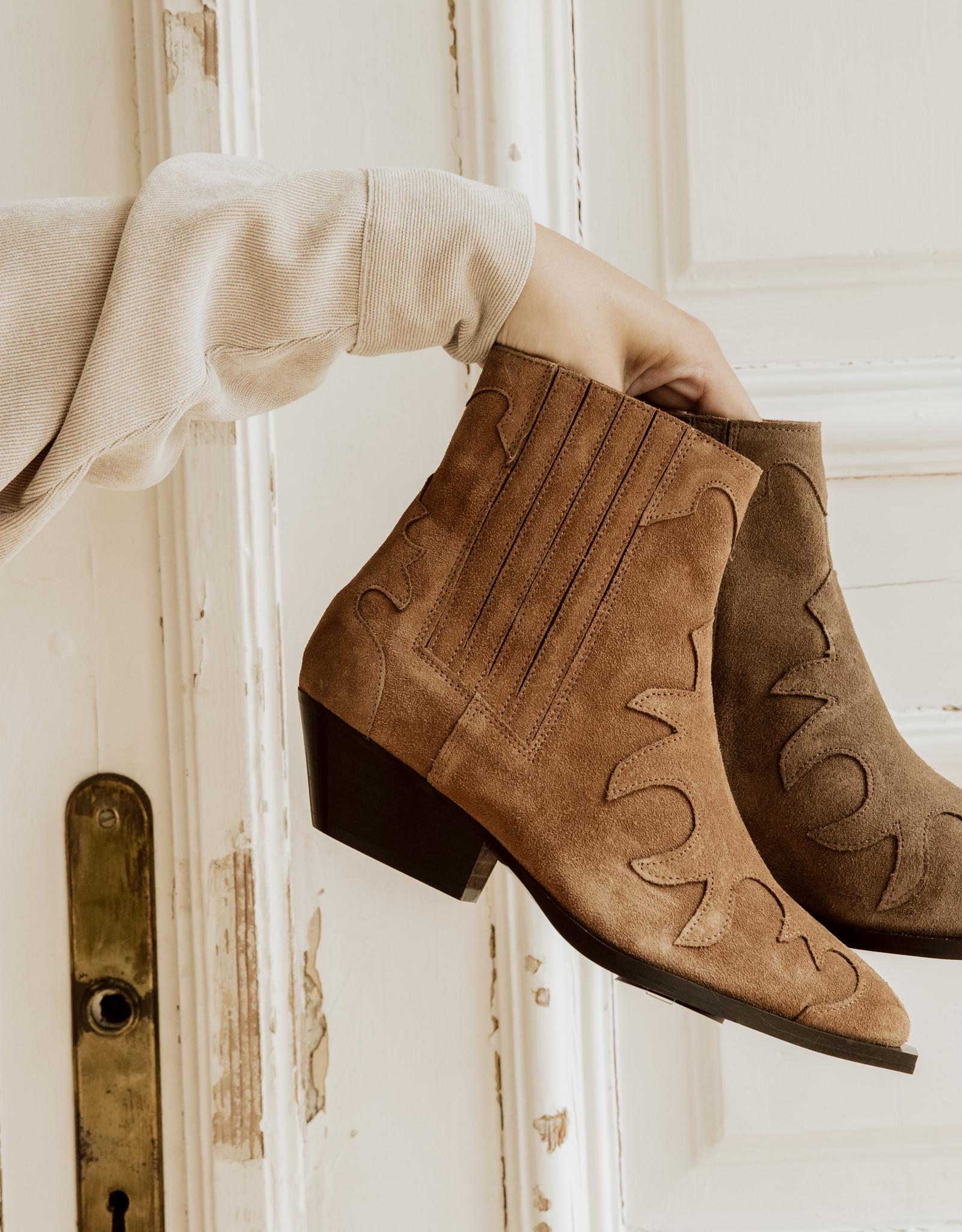 Tango Shoes Enkellaarsjes  by Tango Shoes - taupe