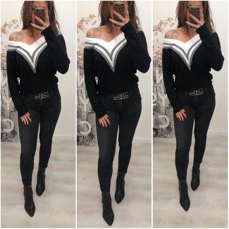 Super Soft Sweater V Black M/L