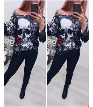 Off Shoulder Sweater Skull