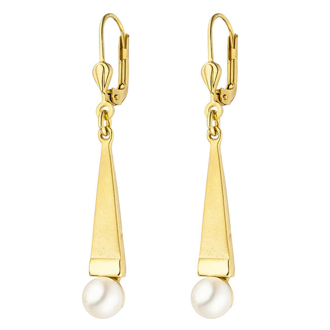 Gold earrings 9 carat (375)  with Akoya pearls