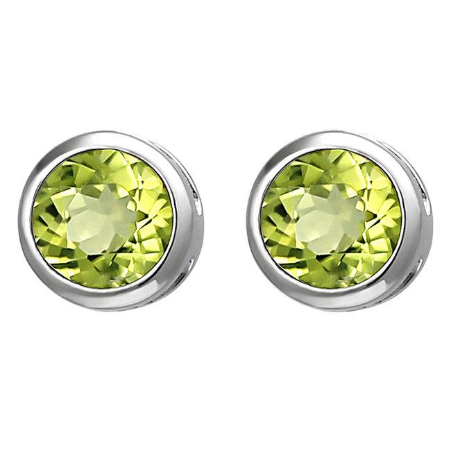 Zilveren oorstekers met groene peridot 6 mm