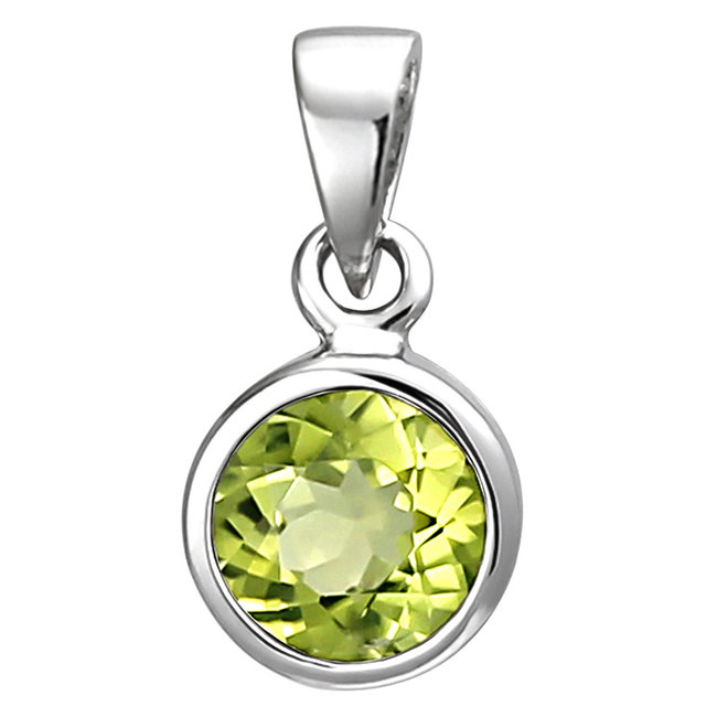 Pendant in 925 sterling silver with peridot 6 mm