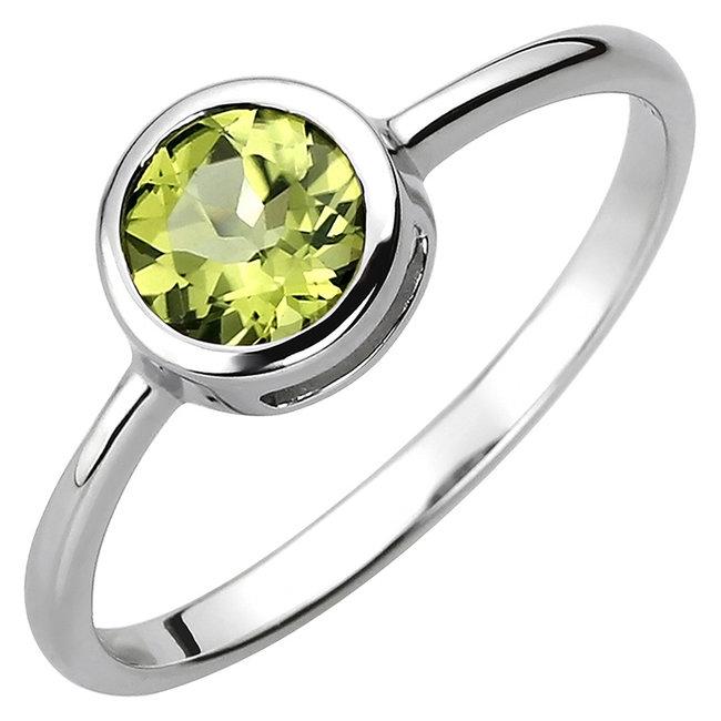 Ring in 925 sterling zilver met peridot ca. 6 mm