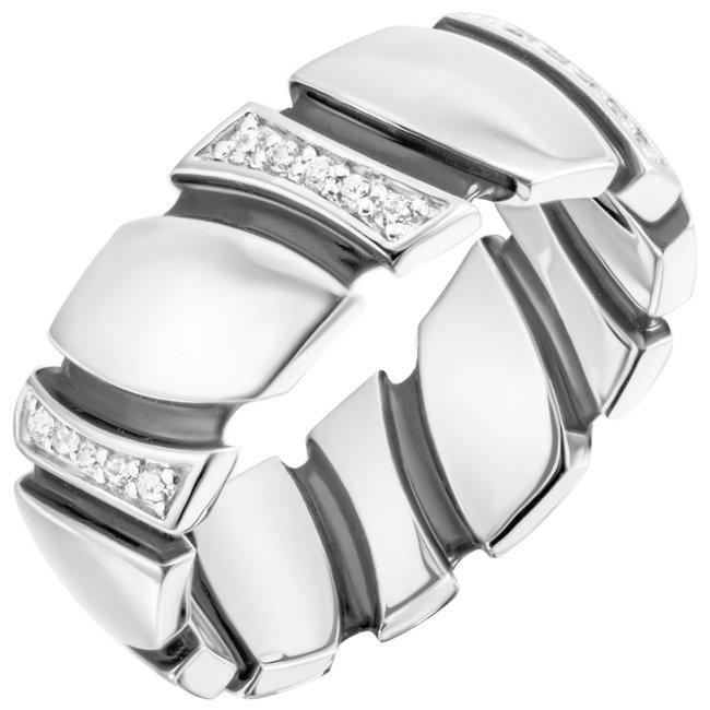 Zilveren ring met 30 zirkonia's deels gelakt