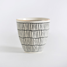 Ceramic Cup with Line Pattern