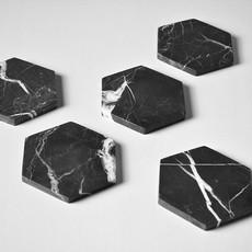 Kiwano Zwart Marmer Hexagonal Onderzetters Set of 4