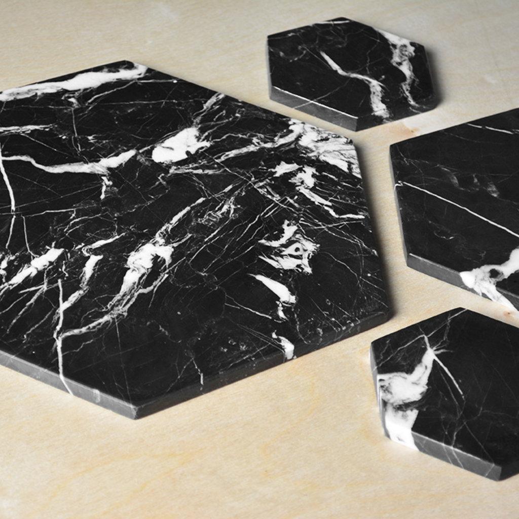 Kiwano Zwart Hexagon Marmer Plank Medium