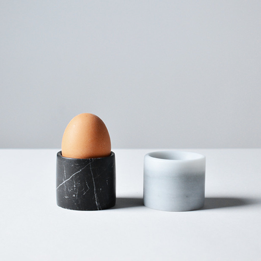 Kiwano Bianco Marble Egg Holder