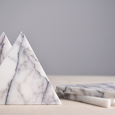Kiwano Lilac Marble Triangle Coasters Set