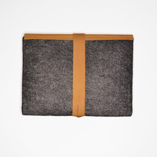 Kiwano Cinnamon Leather Felt Ipad Sleeve | Clutch