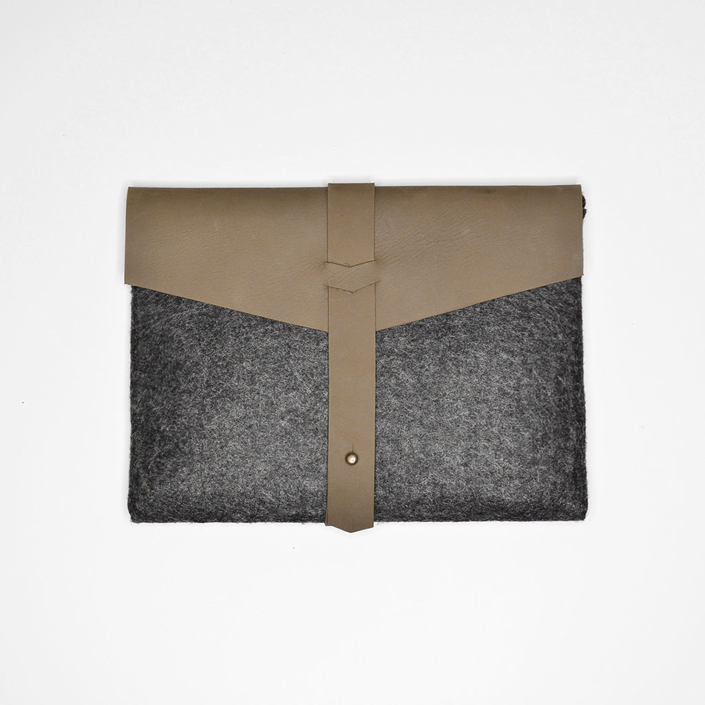 Kiwano Army Green Leather Felt Ipad Sleeve | Clutch