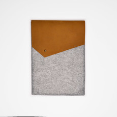 Kiwano Leather Felt iPad Sleeve | Nubuck  Brown