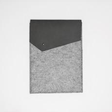 Kiwano Leather Felt iPad Sleeve | Nubuck Gray