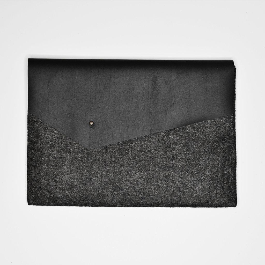Kiwano Simple Laptop Bag Clutch | Felt Leather | M