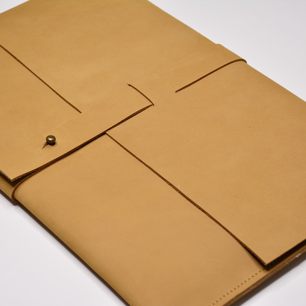 Kiwano Leren Laptop Tas of Clutch | M