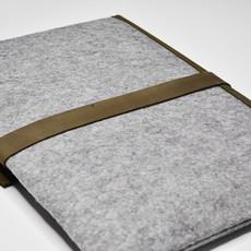 Kiwano Army Green Leather & Felt Laptop Bag / Clutch | L